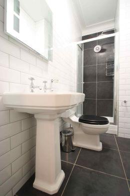 91 Lenton Boulevard 8 Bedroom Nottingham Student House bathroom 3
