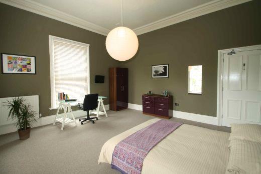 Waverley Street 6 Bedroom Nottingham Student House bedroom 3