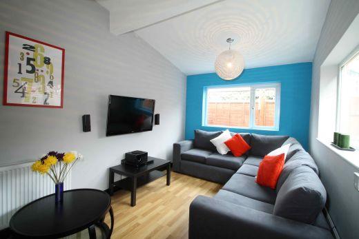 40 Cawdor Road 6 Bedroom Manchester Student House Living Room