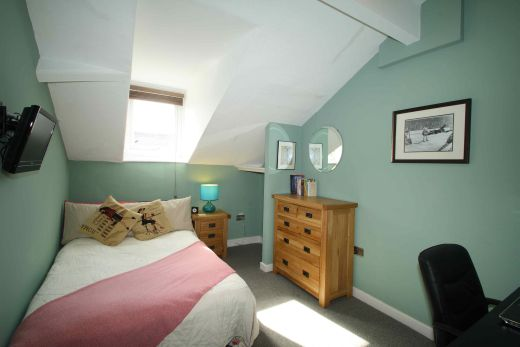 16 Cawdor Road 8 Bedroom Manchester Student House Bedroom 2
