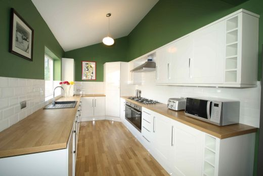 9 Cawdor Road 9 Bedroom Manchester Student House Kitchen
