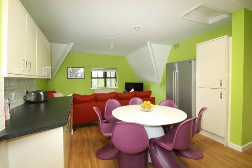 Flat 4, 17 Ladybarn Road Manchester Student House Dining 2