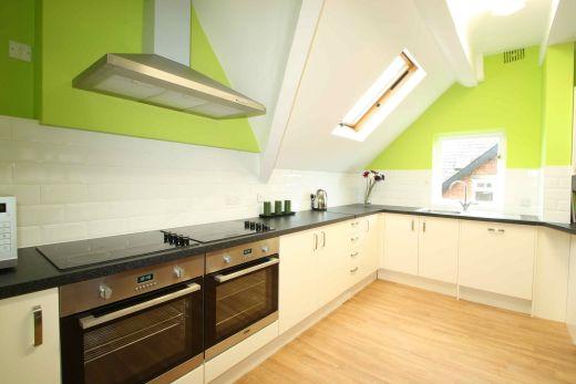 Flat 4, 17 Ladybarn Road Manchester Student House Kitchen