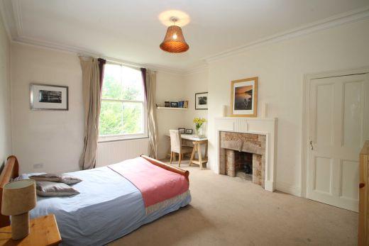 9 Buckingham Mount 6 Bedroom Leeds Student House bedroom 1