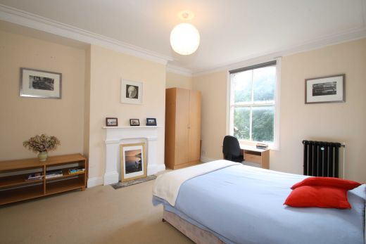 30 Cliff Road 5 Bedroom Leeds Student House bedroom 2
