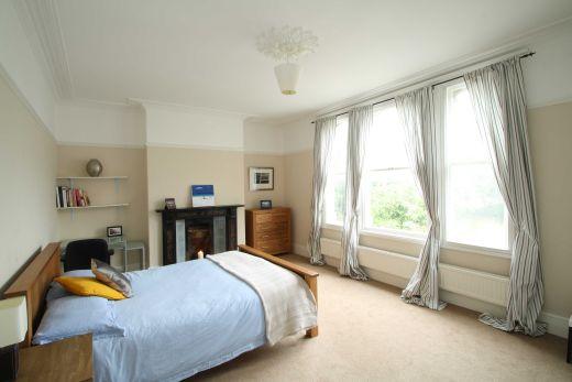 28 Powderham Crescent 6 bedroom Exeter Pennsylvania student house bedroom 2