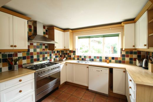17 Devonshire Place 6 bedroom Pennsylvania, Exeter student house kitchen