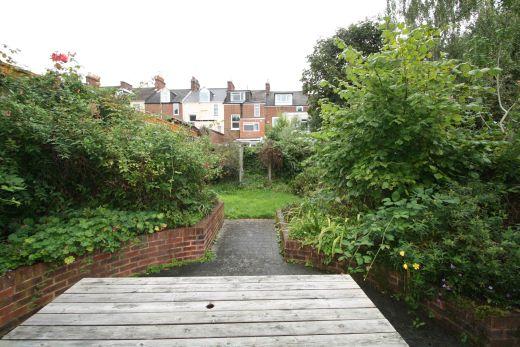 17 Devonshire Place 6 bedroom Pennsylvania, Exeter student house garden