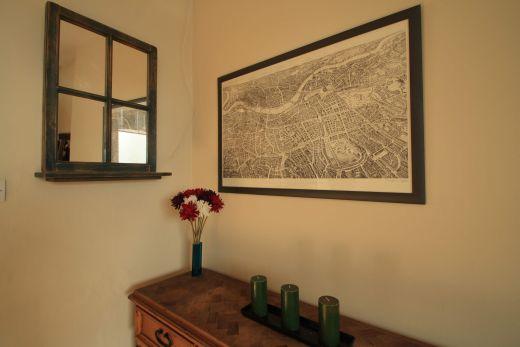 246 Gray's Inn Road 4 Bedroom London Student House Living room 3