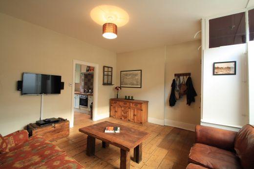 246 Gray's Inn Road 4 Bedroom London Student House Living room 4