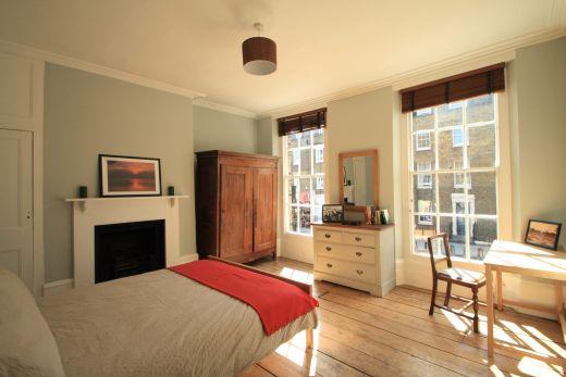 246 Gray's Inn Road 4 Bedroom London Student House Bedroom 1
