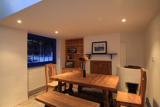 246 Gray's Inn Road 4 Bedroom London Student House Dining Room