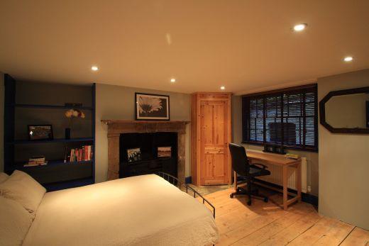 246 Gray's Inn Road 4 Bedroom London Student House Bedroom 2