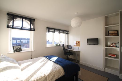 Flat 2, 154 Woodsley Road 7 Bedroom Leeds Student House bedroom 1