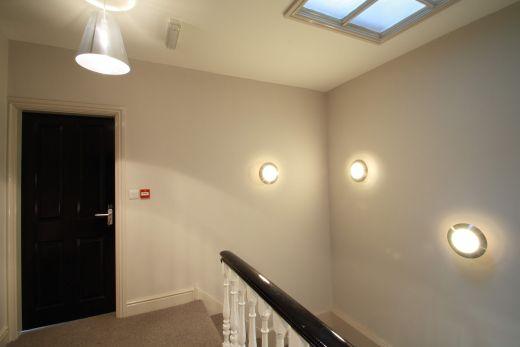 Flat 2, 154 Woodsley Road 7 Bedroom Leeds Student House corridor