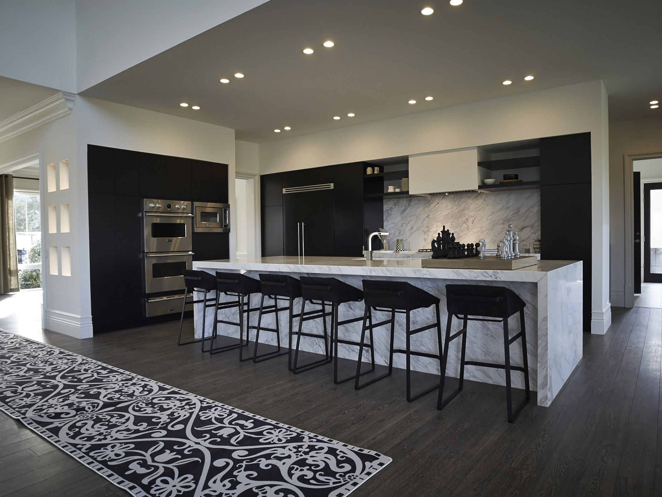 Hovnanian homes at Willowsford with KEKKE kitchen stool