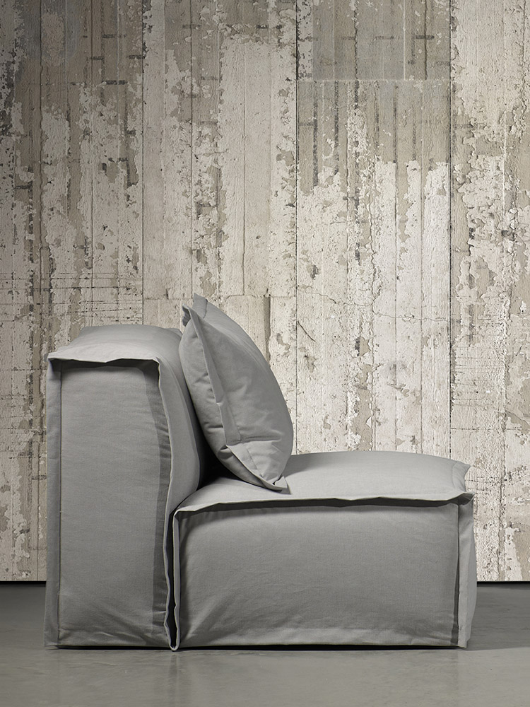 Wallpaper by NLXL and FEDDE armchair