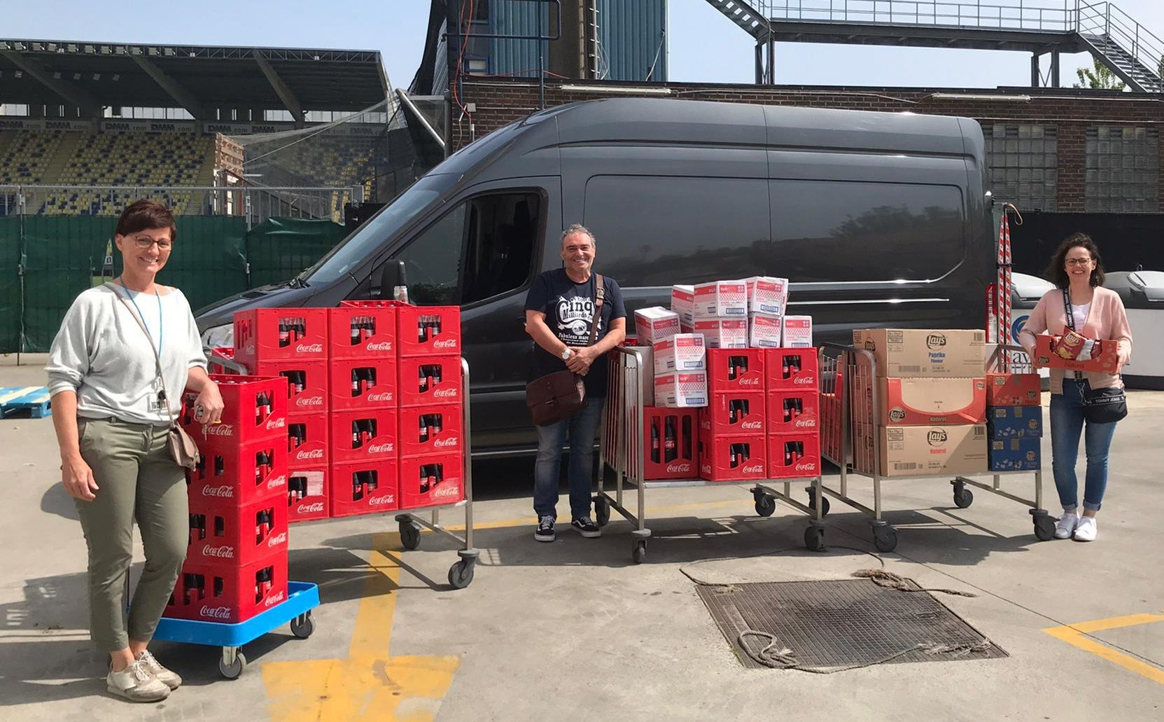 STVV Donates Drinks to Asster
