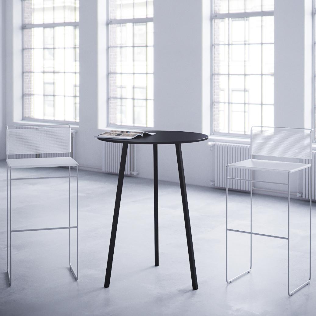 Stykka - Standing cafe table