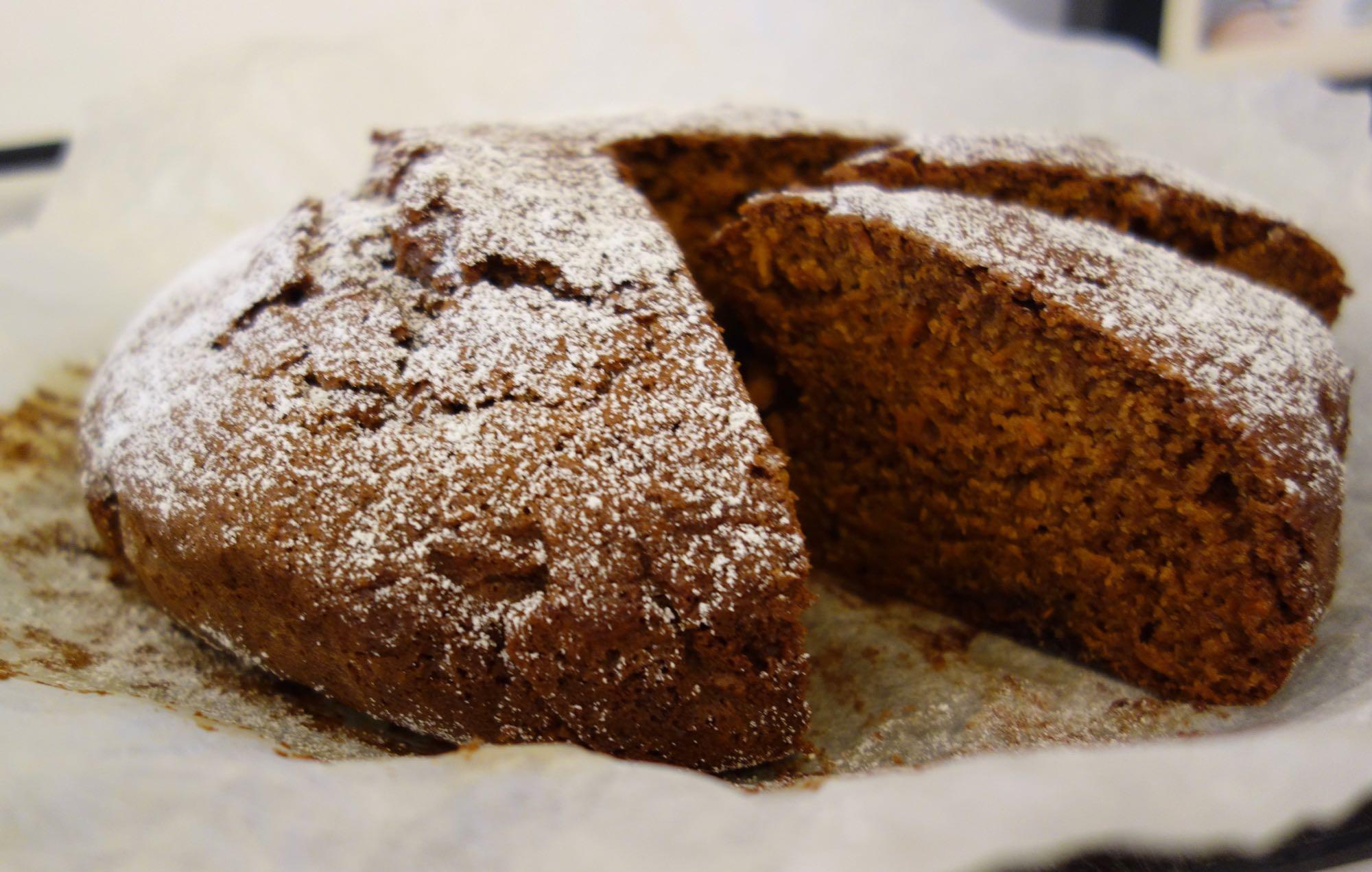 Moist Spelt Carrot Cake: one bowl