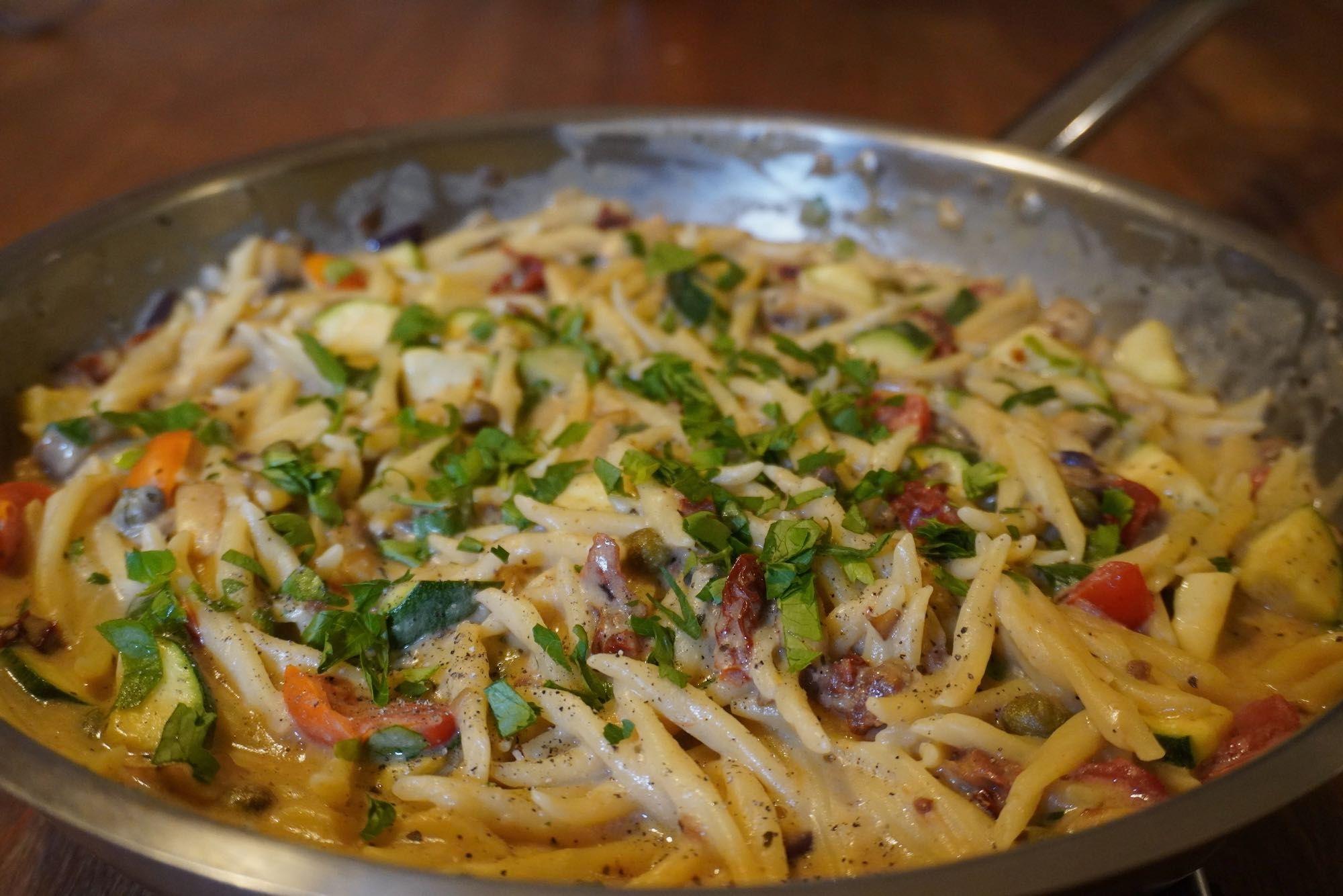 Sundried tomato pasta – oat milk