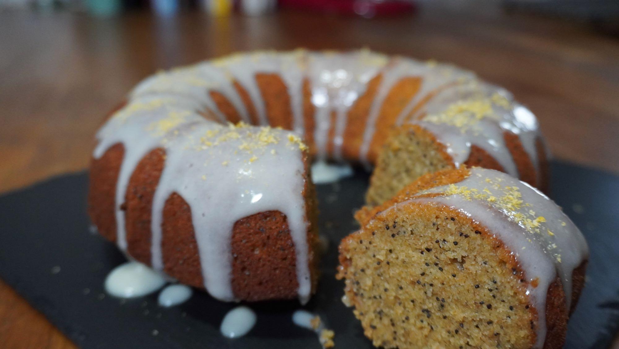 Lemon & Poppy Seed Cake –with spelt flour