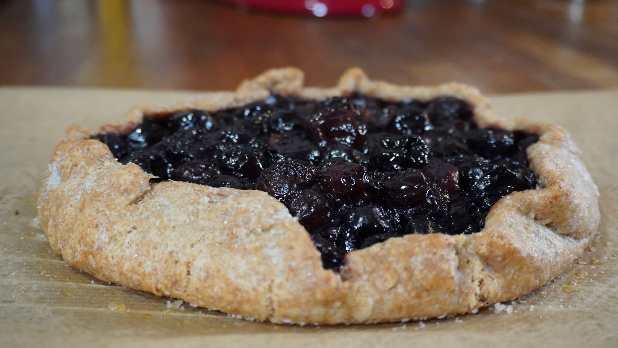 Easy Cherry Pie / Galette – no pan pie – Spelt flour