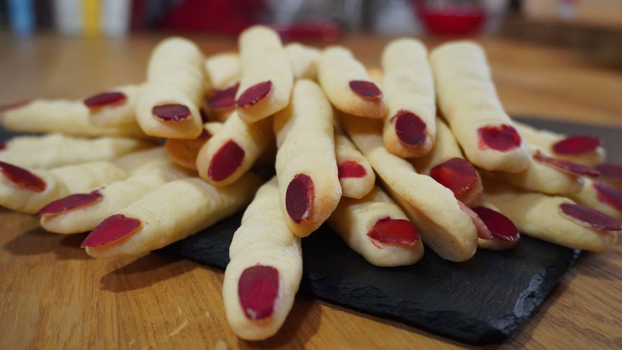 Halloween Treat: Crazy Finger Biscuits