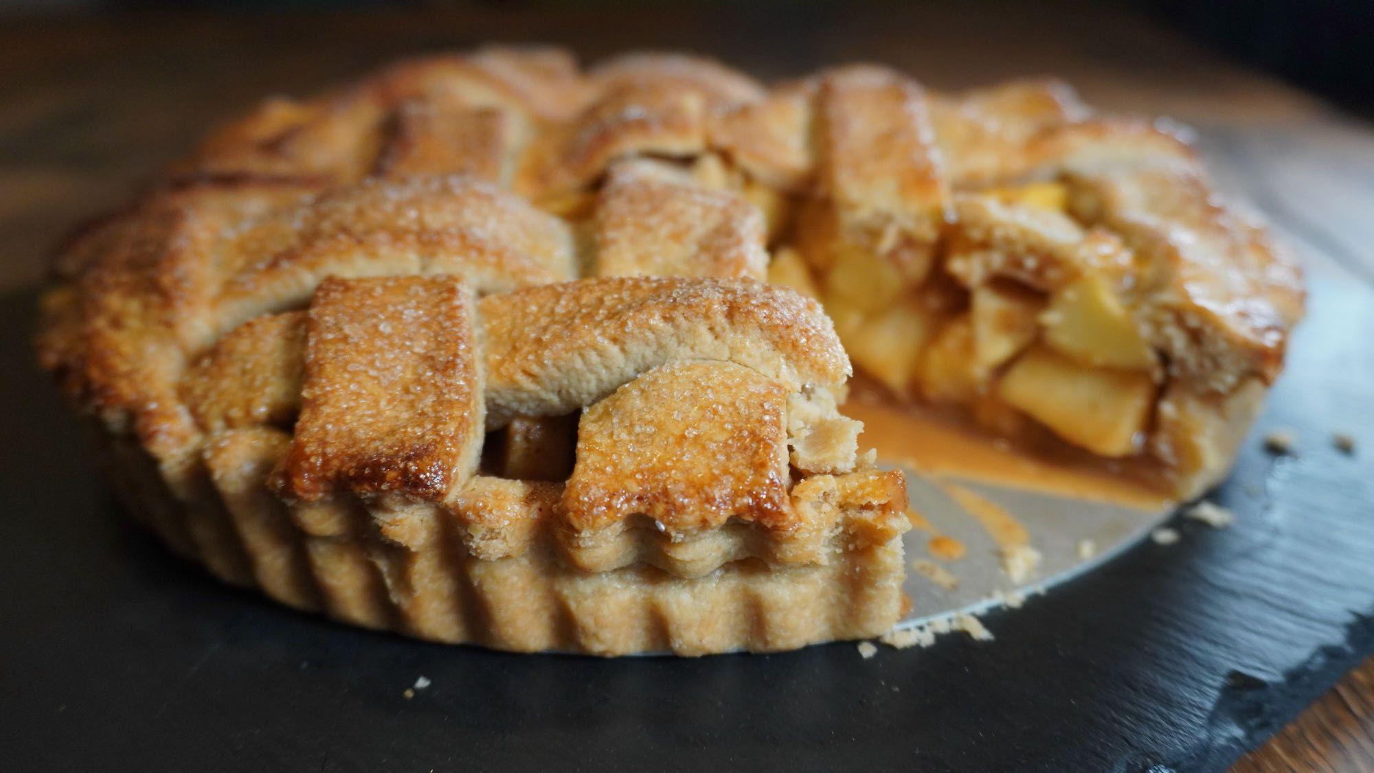 Easy Spelt Flour Apple Pie