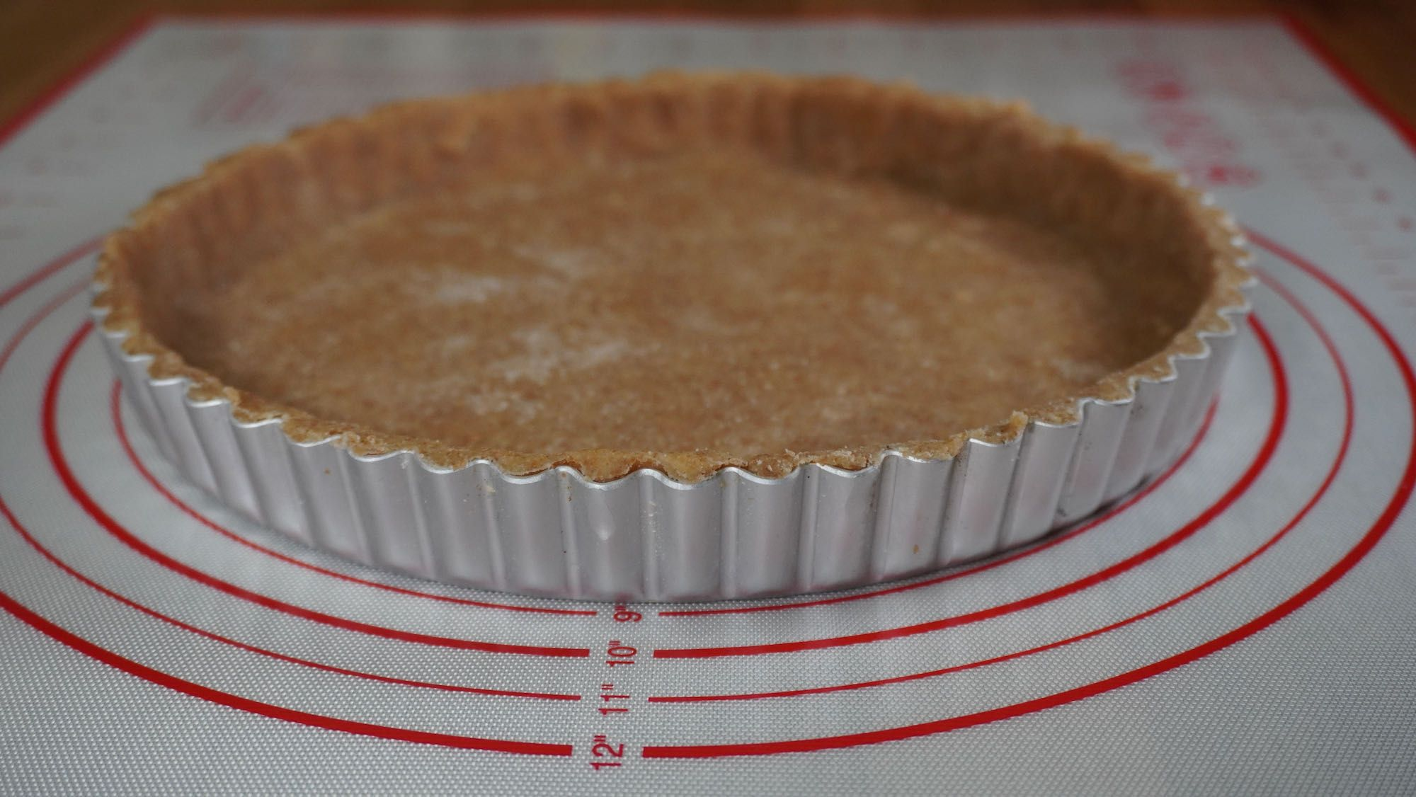 How to Make a Pie Crust with Spelt (shortcrust pastry shell from scratch)