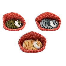 PLUSH CAT IN A BASKET WITH SOUND - 6 ASST