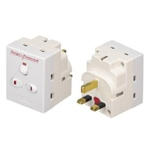 STATUS - 3 WAY SURGE PROTECTED ADAPTOR WITH SWITCH