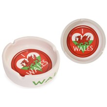 CERAMIC ASHTRAY WALES FLAG