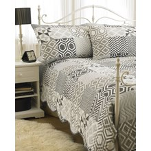BEDSPREAD WITH 2 PILLOW SHAMS MILAN