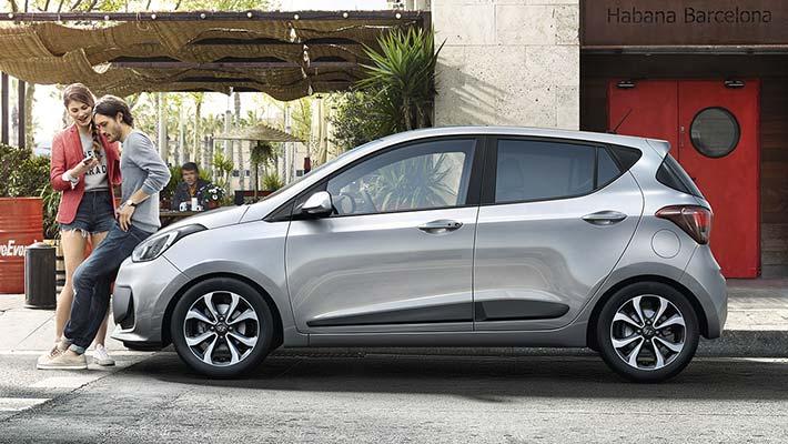 Hyundai i10 - Sleek silver