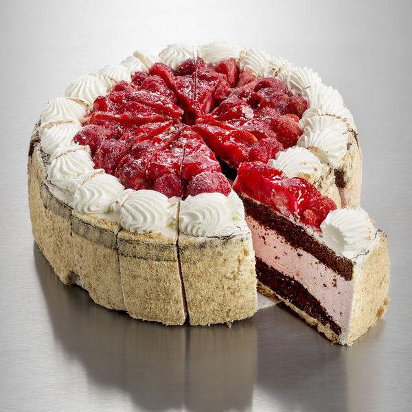Strawberry Sensation Cake 2.5kg