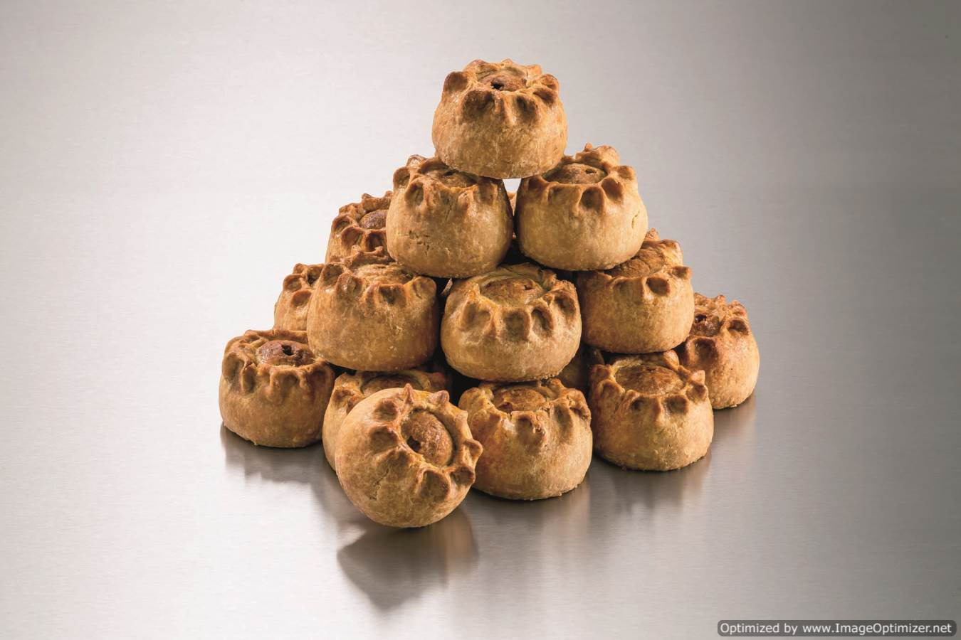 Case Small Hand Raised Pork Pies (10)