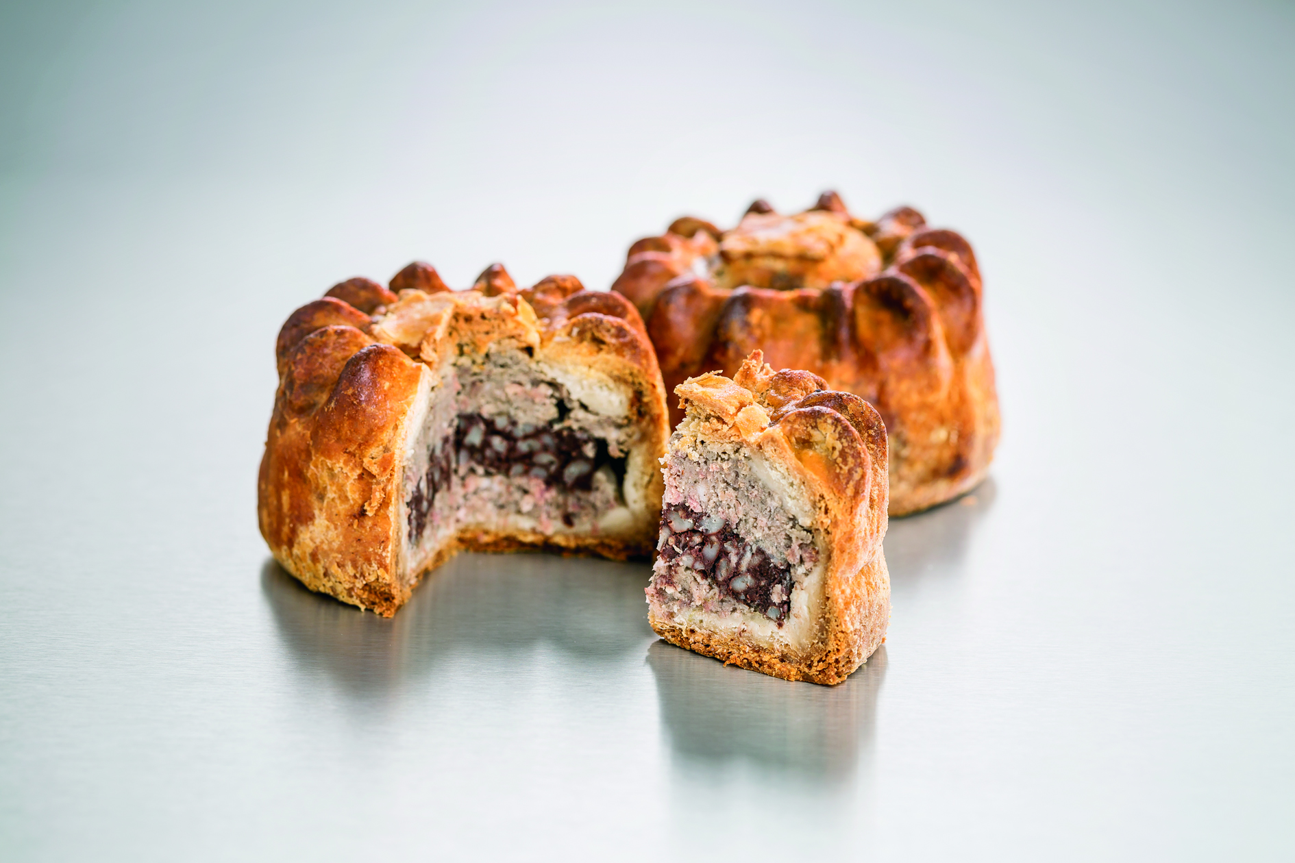 Image of Pork & Black Pudding 1lb Pies ( Case of 10 )