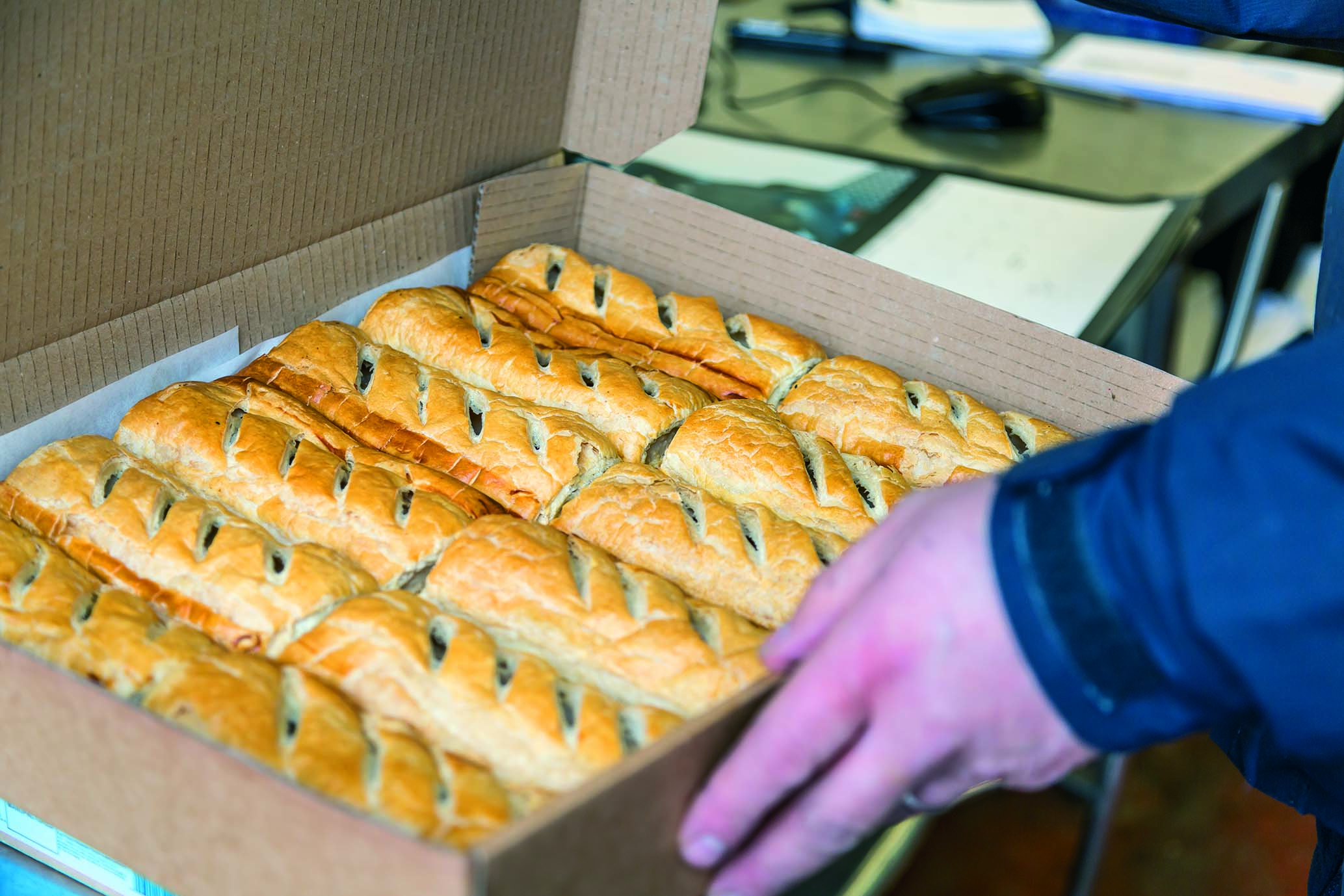 Image of King Size Sausage Rolls x 12