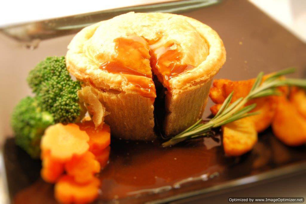 Image of Gourmet Angus Steak Pie 12 x 8oz
