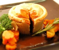 Image of Gourmet Beef Stew Pie 12 x 8oz (W)