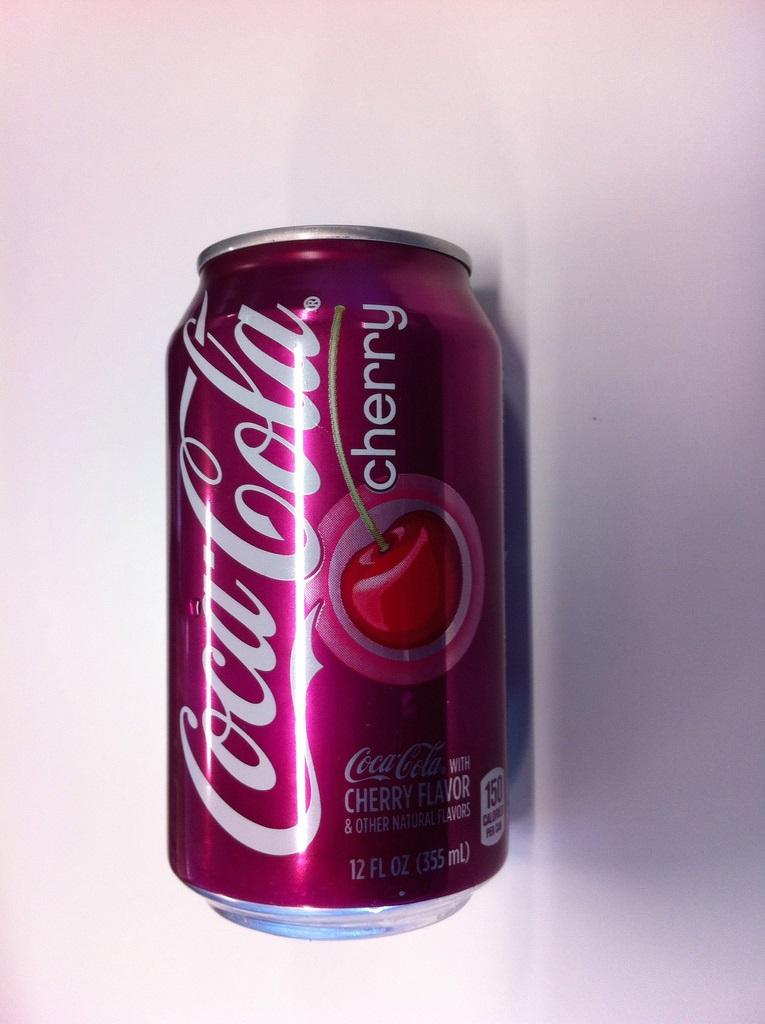 Cherry Coke Cans 24 x 330ml