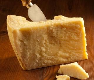 Image of Parmesan Grana Padano BLOCK 1kg