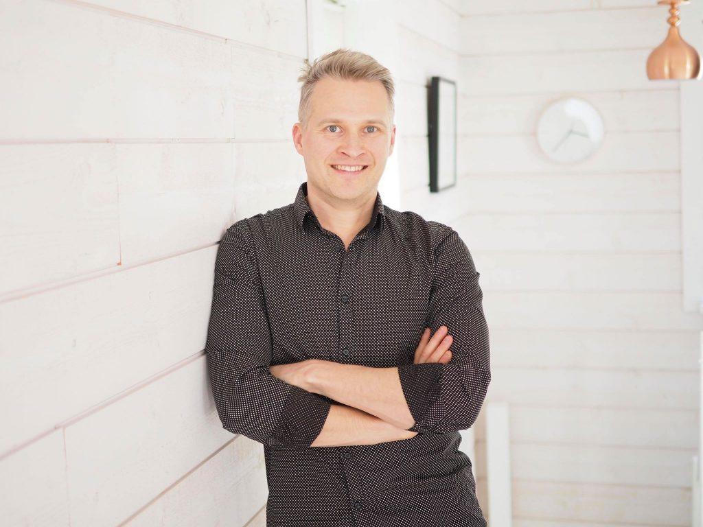 Lounais-Suomen Syöpäyhdistyksen NIKO-projektissa opinnäytetyötään tekevä, Turun ammattikorkeakoulun Master School -opiskelija Mikko Viitanen sijoittui toiseksi valtakunnallisessa Syöpähaaste 2020 -kilpailussa.