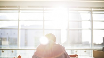 Liikunta ja fyysinen työ vähentävät miehen riskiä sairastua syöpään