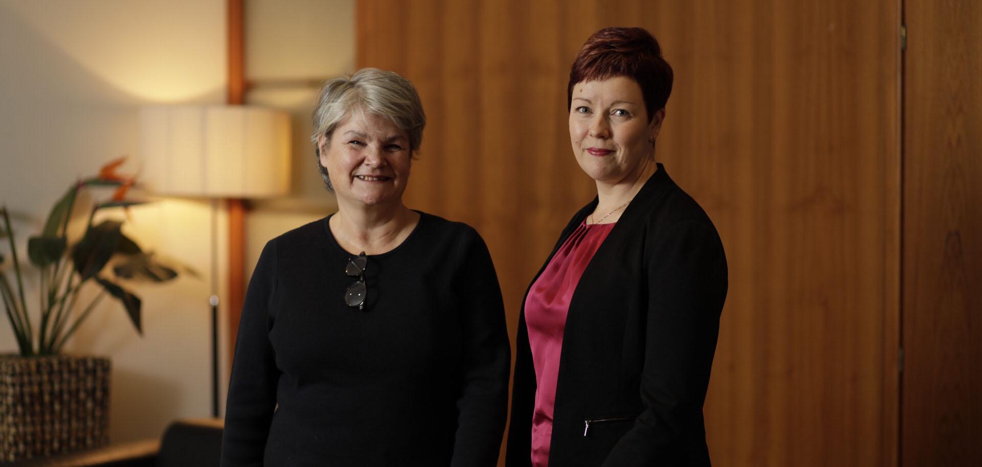 Syöpäsäätiö palkitsi vuoden 2018 syöpälääkärin ja –sairaanhoitajan