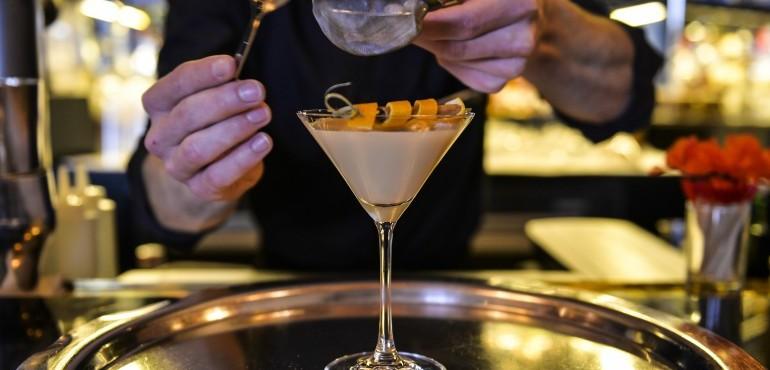Loui Bar & Restaurant