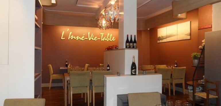 L'Inne Vie Table