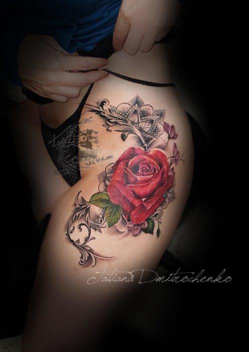 Tatuaje Rosa Roja Tattoo Valencia
