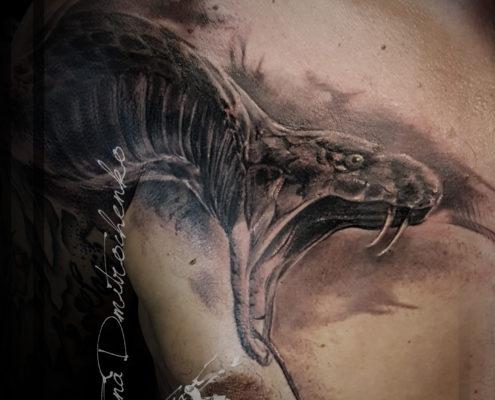 tatuajes realistas 3d serpiente anaconda valencia